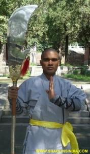 Shaolin Kung--fu Warrior Kwan Dao