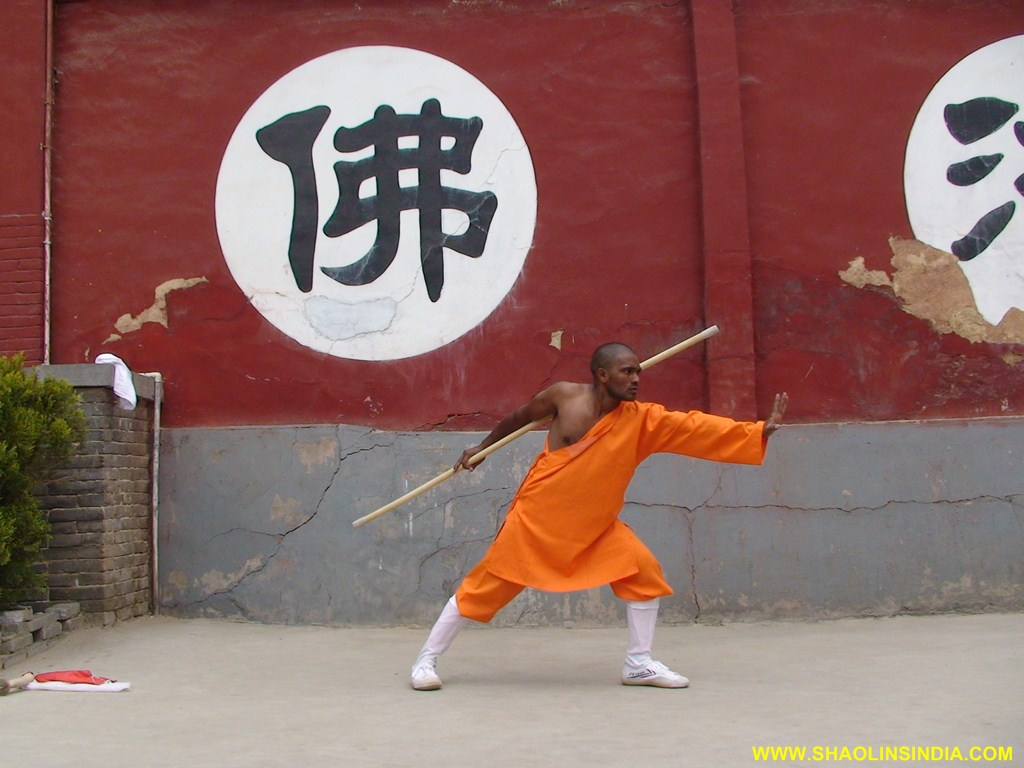 Weapons   Shaolin Kung-fu in Indian Shaolin Temple Warrior Monk ... 63b498c7561