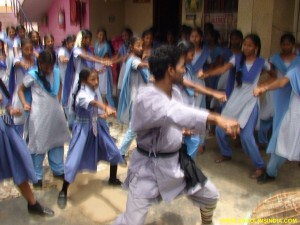 School Ladies Self-Defense Training Master