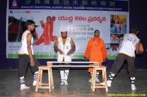 Shaolin Kungfu Monk Stunts